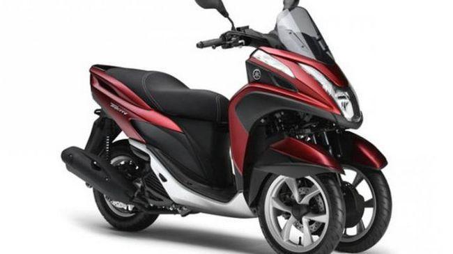Фото - Скутер триколісний: два колеса попереду або два колеса ззаду