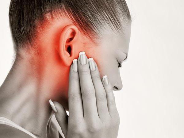 Фураціліновую спирт у вухо. Інструкція