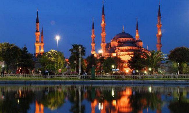 Фото - Стамбул в листопаді. Свята та відпочинок в Стамбулі в листопаді