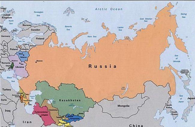кількість країн з якими межує росія