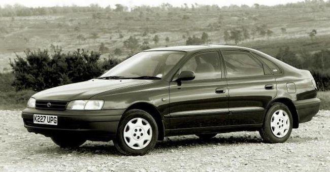 Фото - Toyota Carina: технічні характеристики, комплектації