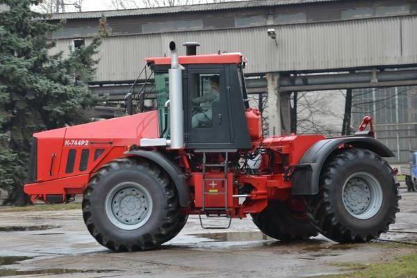 Фото - Трактор К-744. Двигун К-744