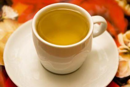 вранці натщесерце вода з лимоном і медом