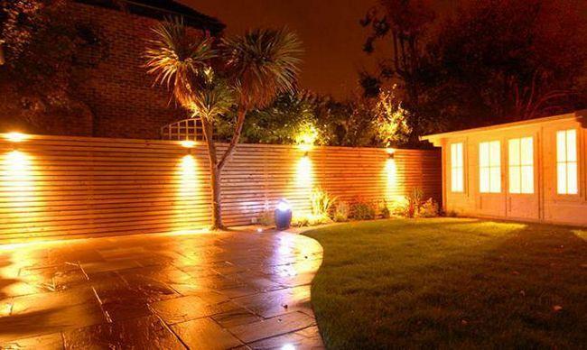 Фото - Вбудовані світильники в стіну: огляд, опис, види, виробники та відгуки
