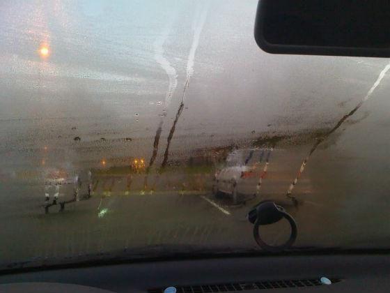 Запітніли вікна в машині що робити