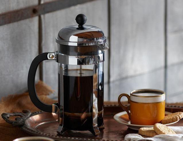 заварювальний чайник з поршнем